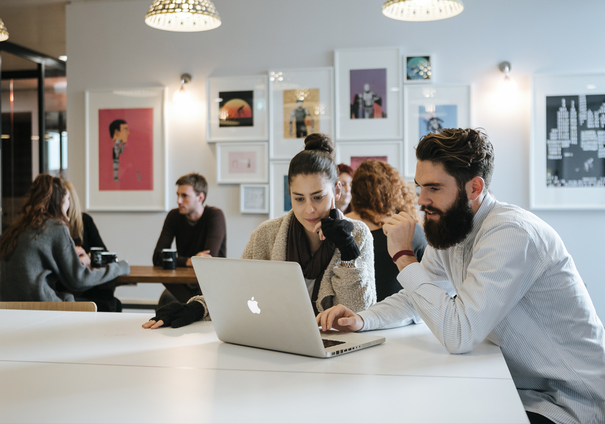 How Should A Startup Choose and Select A CoWorking Space For Them?
